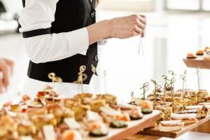 osobennosti-vyiezdnyih-restoranov