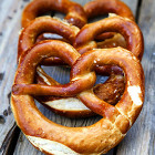 bizarre-foods-delicious-destinations-ss-030-munich-pretzels-jpg-rend-tccom-1280-960